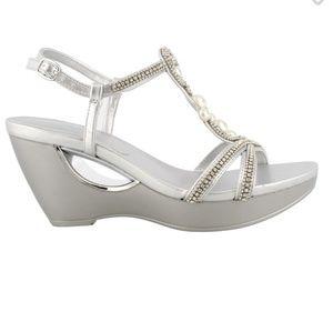 Andrew Geller, Allisandra Wedge Sandals